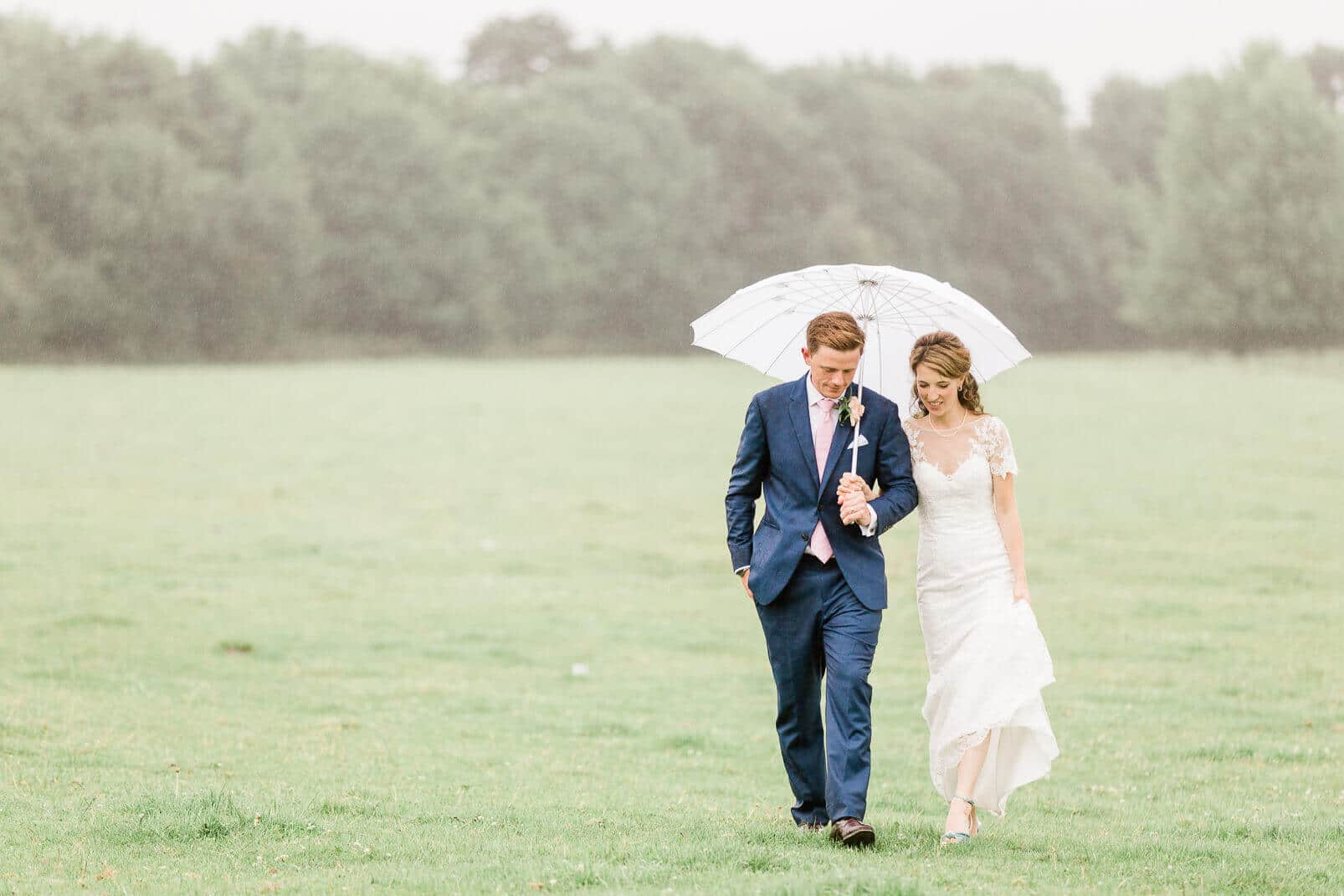East Sussex wedding photographer at Anchor Inn in Lewes on rainy day