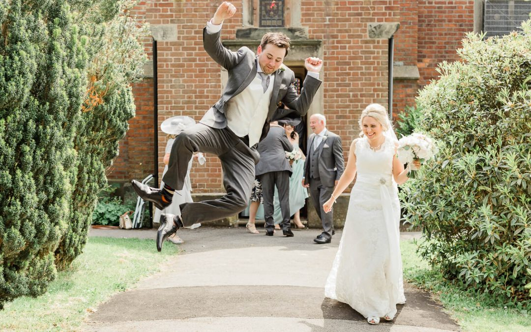 How to create a wedding timeline (and why every wedding needs one)