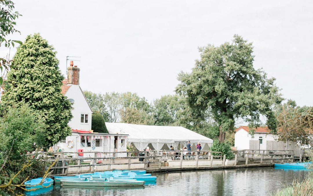 Anchor Inn Wedding Venue in Lewes | Brighton Photographer