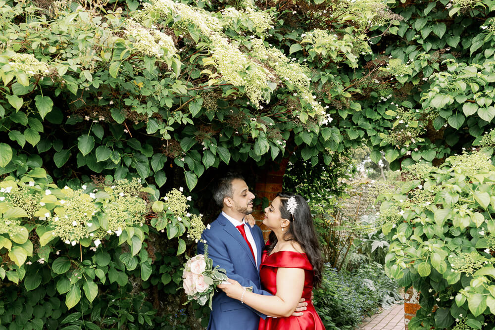 Kipling Gardens Engagement photography with Brighton wedding photographer