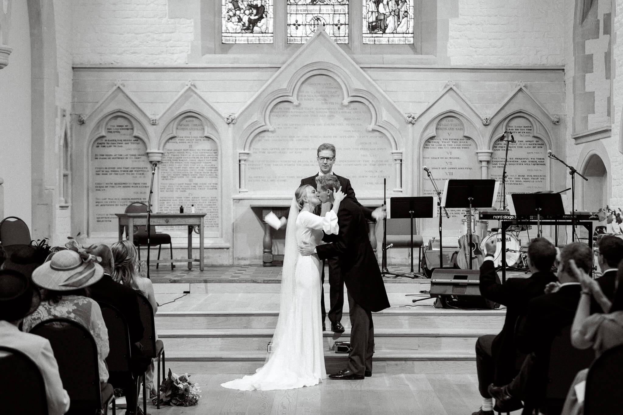 First Kiss at St Ebbs Church in Oxford wedding