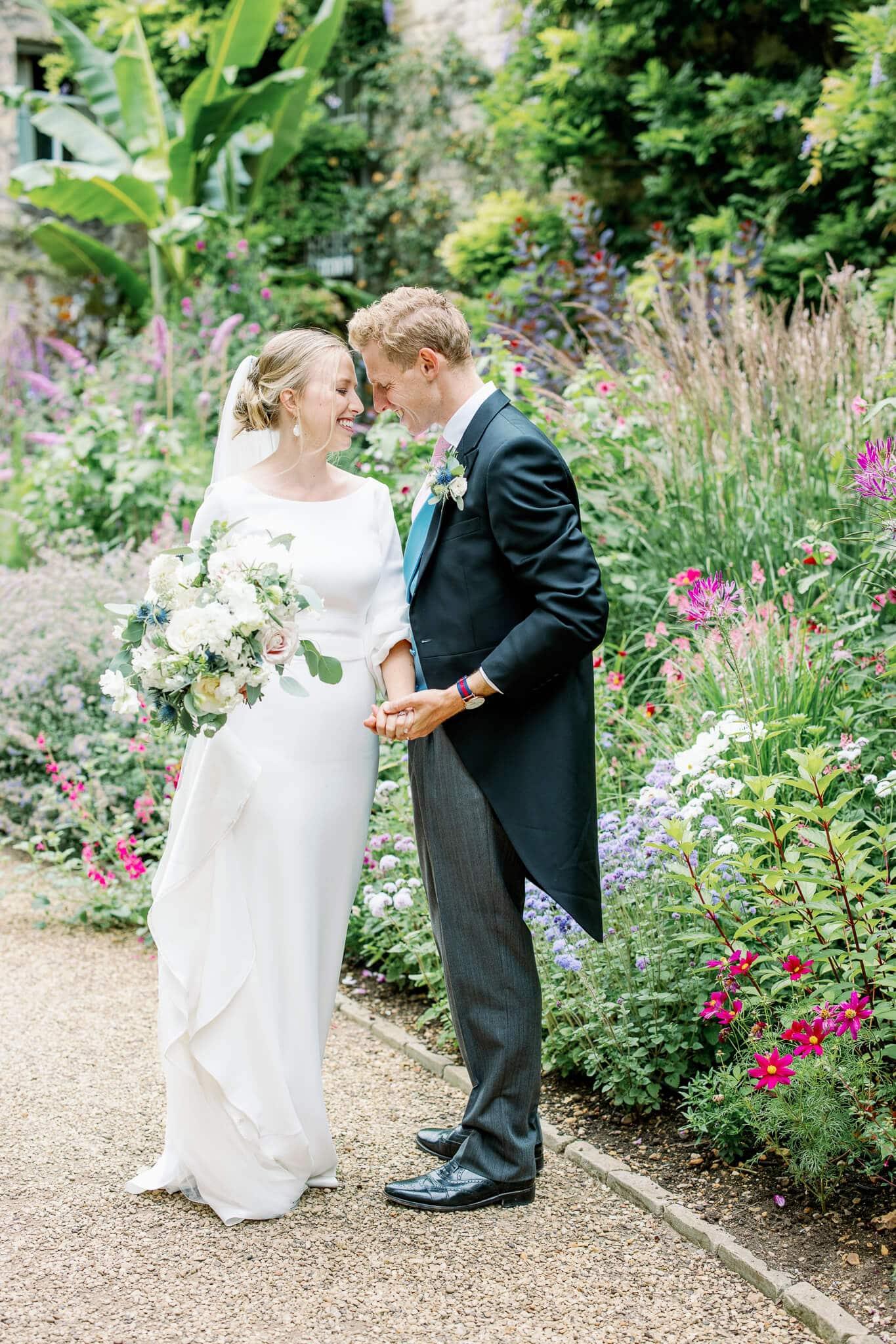 Worcester college wedding photographer in gardens