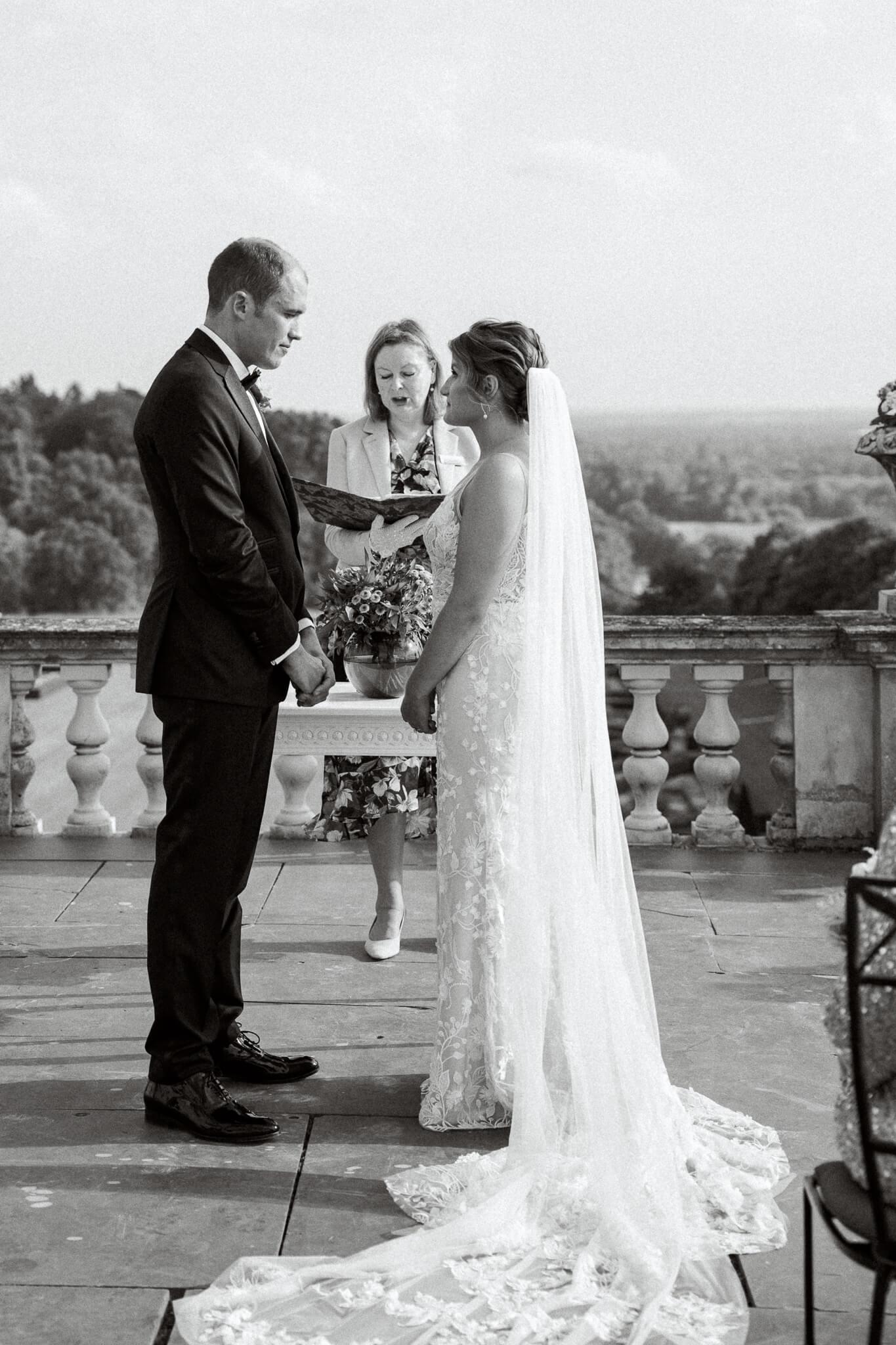 outdoor ceremony on terrace | berkshire wedding photographer