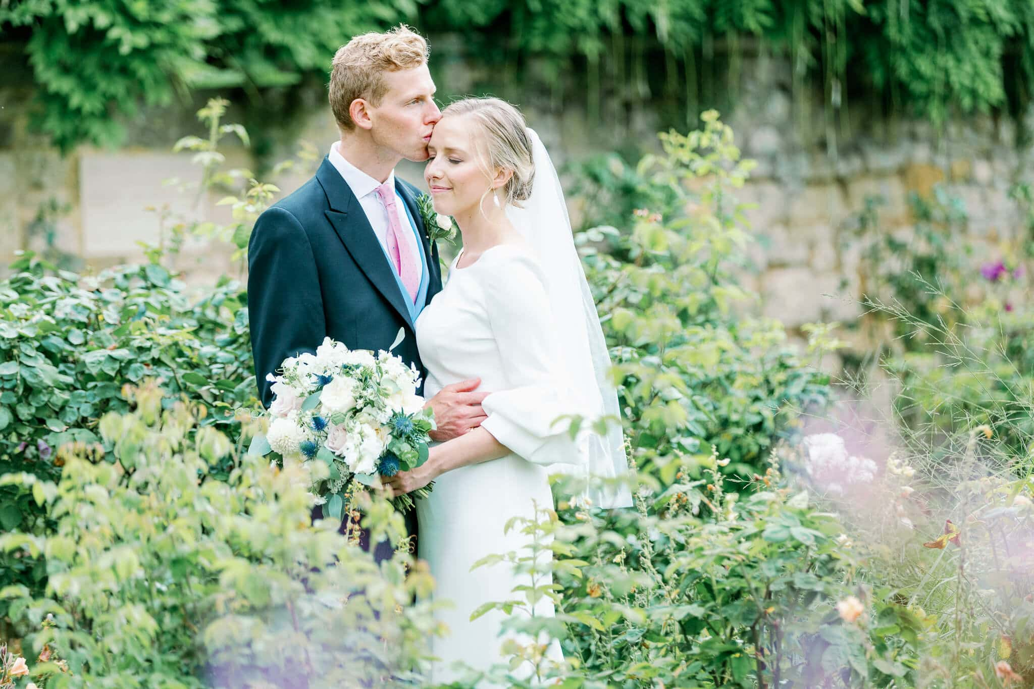 photos worcester college wedding in Oxford